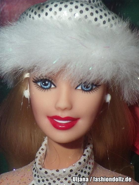 ** NIB BARBIE DOLL 2001 HOLIDAY EXCITEMENT CHRISTMAS 29203