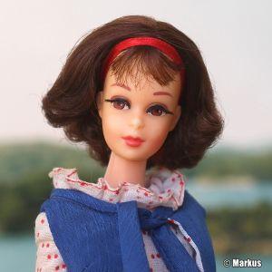 1969 Twist and Turn Francie brunette Short Flip #1170