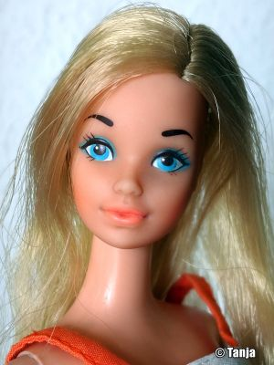 1974 Standard Barbie #8587 (Europe Canada)