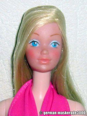 1976  Standard Barbie #7382 (Europe Canada)