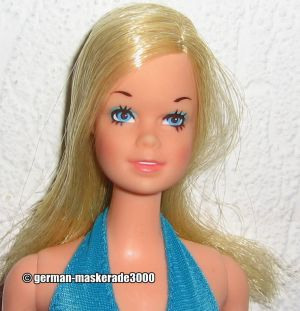 1976 Standard Barbie #7382 Stacey face
