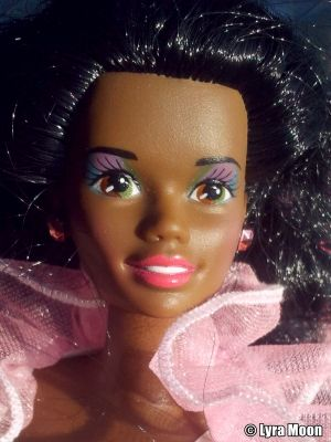 1991 Costume Ball / Fantasy Barbie AA #7134