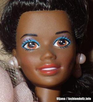 1992 Birthday Surprise Barbie AA #4051