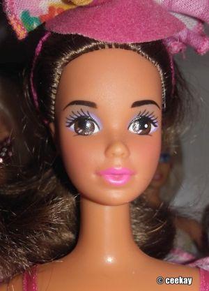 1992 Fashion Play Barbie, Hispanic #3860