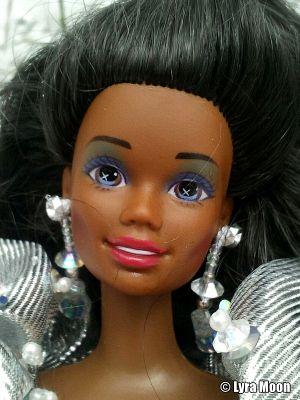 1992 Happy Holidays Barbie AA #2396