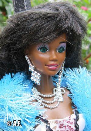 1992 Sparkle Eyes Barbie AA #5950