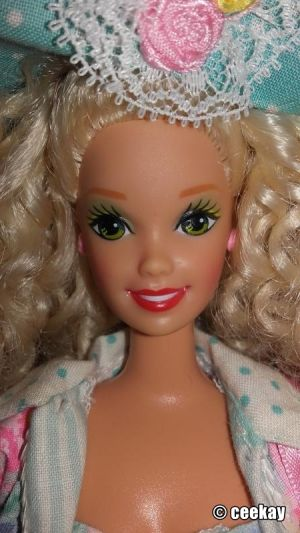 1992 Teen Talk Barbie, blonde - turquoise hat