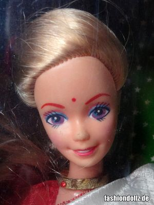 1993 Barbie in India, blonde #9910, Leo Mattel
