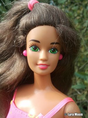 1995 Ruffle Fun / Riviera Barbie, Hispanic / brunette #12435