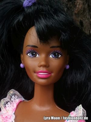 1997 Birthday Surprise Barbie AA #17320