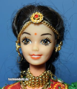 1997 Roopvati Rajasthani Barbie - Expressions of India, Leo Mattel India #8872