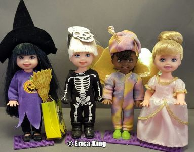 1998 Halloween Party Kelly & Friends