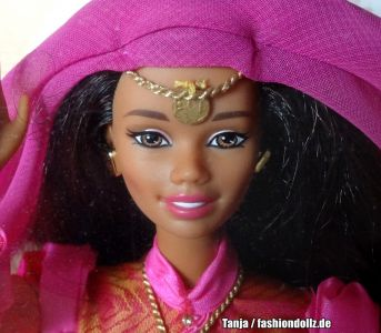 1999 Dolls of the World -  Maroccan Barbie #21507