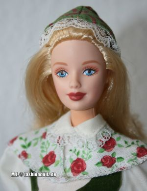 2000 Dolls of the World - Swedish Barbie (2nd Edition) #24672