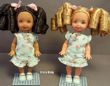 2000 Bedtime Stories - Three Little Bears Barbie  & Kelly