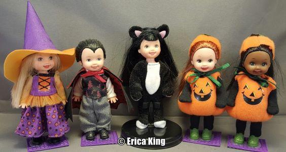 2001 Halloween Kelly & Friends