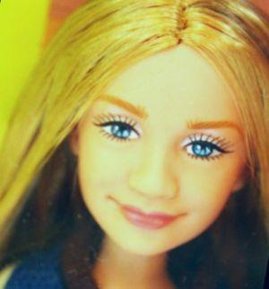 2002 Real Fashion for Real Girls - Ashley Olsen -