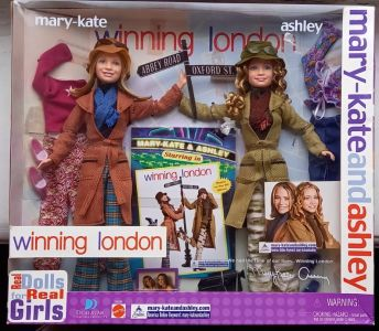 2002 Wining London - Ashley & mary-Kate Olsen