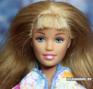2003 Pajama Fun Tote Barbie & Skipper B2774