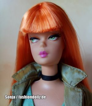 2003 1 Modern Circle Barbie, redhead B2523