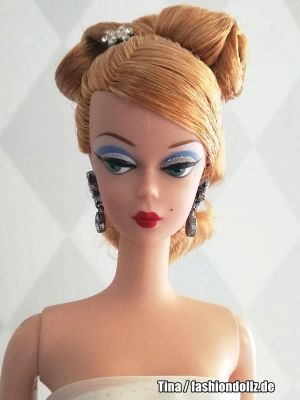 2003 Joyeux Barbie, blonde B3430