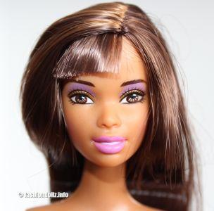 2004 Secret Style Barbie AA B0646