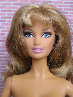 2005 Cynthia Rowley Barbie G8064 Gold Label