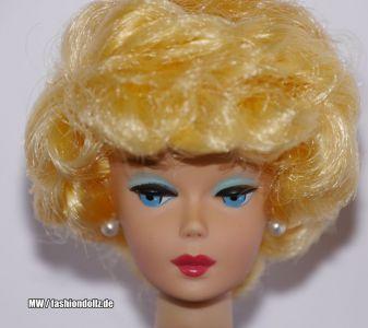 2006 Career Girl Barbie Repro J0965