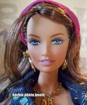 2006 Dooney and Bourke Barbie J0937