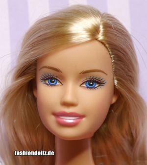 2007 Barbie Chic K8651
