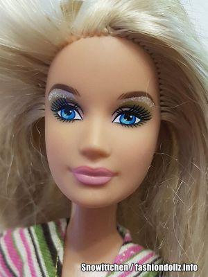 2008 Barbie, Taffy & Puppies Playset M4215