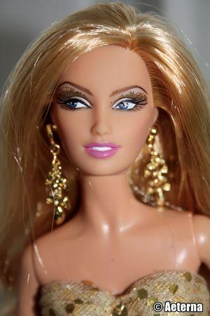 2009 50th Anniversary Barbie N4981