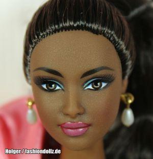 2010 Rose Splendor Barbie V7125 Avon Exclusive