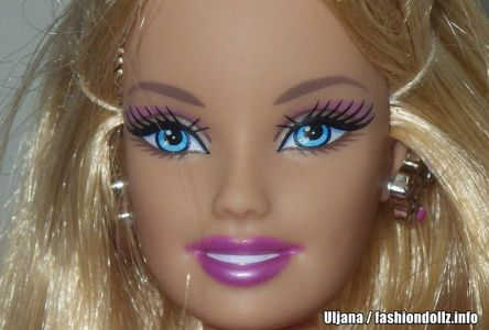 2010 H20 Studio Design Barbie R4279