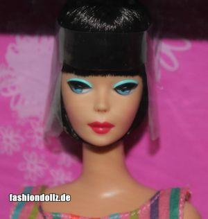 2010 My Favorite Barbie with Lifelike Bendable Legs T2147