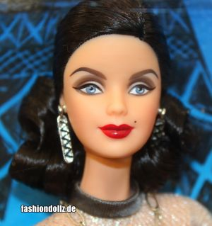 2010 Landmark Collection - Eiffel Tower Barbie T3771