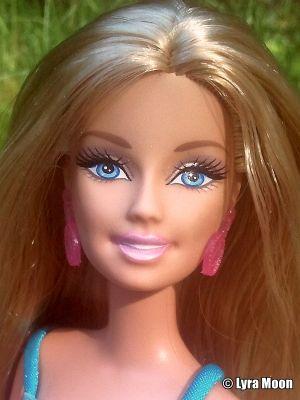 2011 Bath Play Fun Barbie T7185