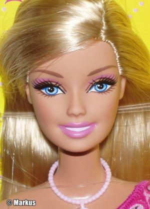 2011 Chic Barbie T7442
