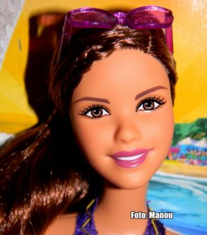 2012  Barbie in a Mermaid Tale 2 - Beach Kylie #W2899