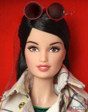 2013 Coach Barbie X8274 by Linda Kyaw, Gold Label