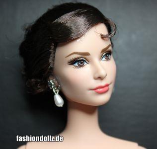 2013 Audrey Hepburn as Sabrina Doll 5