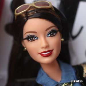 2014 Barbie Style Glam Luxe Wave 2 Raquelle CBD29