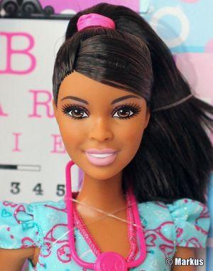 2014 Nurse Barbie AA BDT39