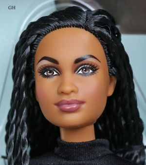 2015 Hollywood Barbie Collection - Ava DuVernay Barbie DPP89