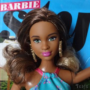 2015  Barbie Style - Glam Vacation / Resort Grace CJP97