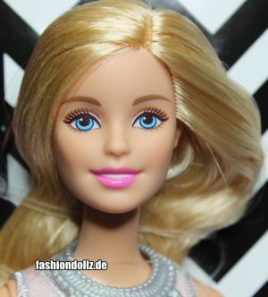 2015 Fashionistas Wave 1 #2 Barbie CFG13