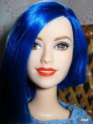 2015 Barbie Rock 'N Royals - Zia CKB62