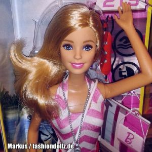 2015 Barbie Careers - Lifeguard CKJ83