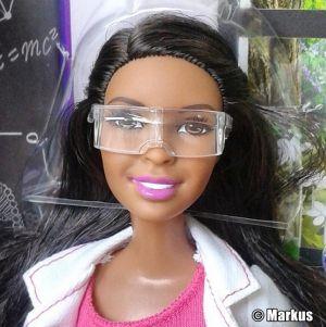 2016 Barbie Careers - Scientist AA CKK95