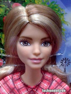 2017 Barbie Careers - Farmer Barbie (Tall) DVF53